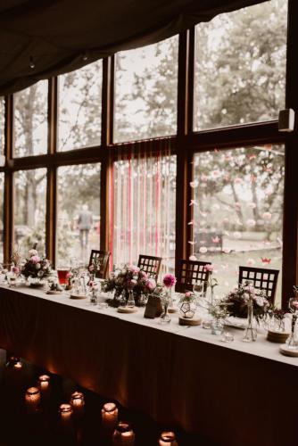 stół państwa młodych na weselu